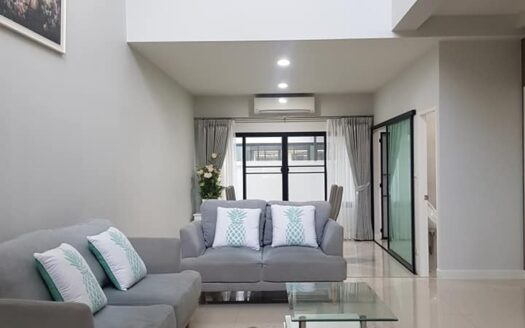 , Brand New 3 Story Modern Town Home for Rent in Mae Hia. (360° Video!)
