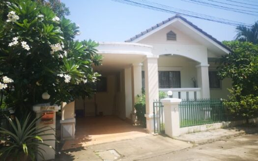 , 3 Bedroom House for Rent near Ruam Chok, Nong Chom, San Sai