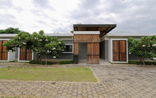 , 2 Bedroom House for Rent with private pool in Saraphi