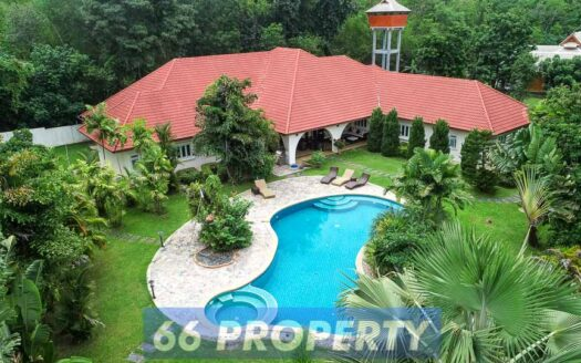 , Luxury Property on Big Land for Sale in Nam Phrae, Hang Dong.