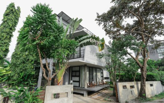 , Modern Loft Home for Sale right on Nimman