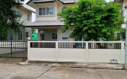 , 3 Bedroom House for Sale at Mae Hia