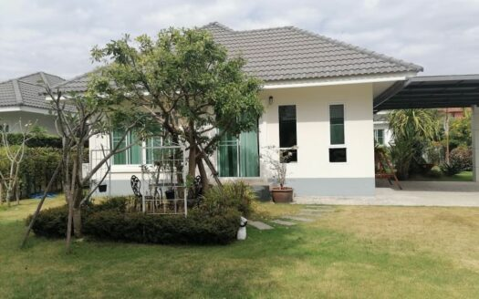 , Single Story Home w/ Garden for Sale in Hang Dong